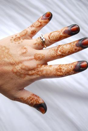 henna-back-of-hand.jpg
