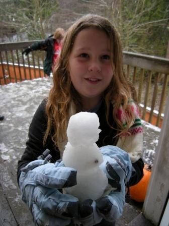 tiny-snowman.jpg